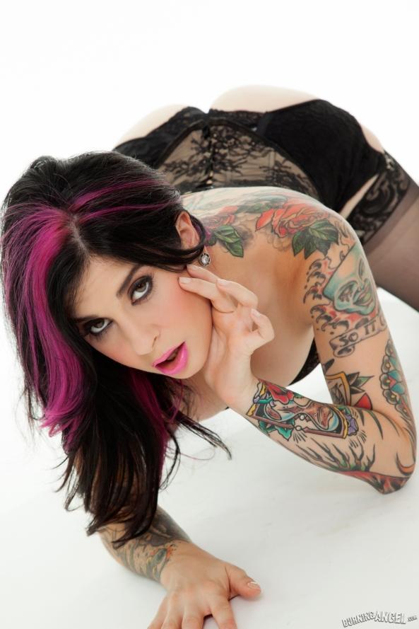 Gostosas e Tatuadas (27)
